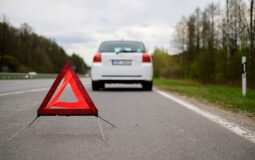 Jak bezpiecznie transportować swoje auta?