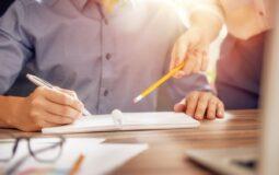 Analizy zachowań klientów sklepów internetowych – budowanie strategii marketingowej