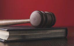 Czy można uzyskać za granicą darmową pomoc prawną?